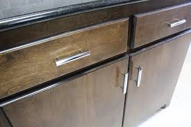 Installing Kitchen Cabinet Hardware by Installing Kitchen Cabinet Hardware Handmadehaven Diy Tutorials