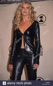 Latex Lady Sonia - faith hill divas 2000 at msg 2000 k18478smo sonia moskowitz
