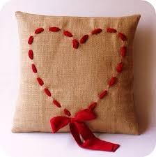 cucire un cuscino come cucire cuscino in juta con cuore fatto con nastro tutorial