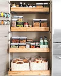 astuce rangement placard cuisine amenagement placard cuisine 20 idaces et astuces pour votre