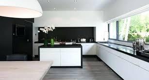 cuisine noir et blanche cuisine noir et blanche modele blanc design model de lzzy co