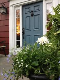 benjamin moore hamilton blue and cottage red colonial salt box