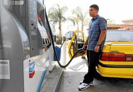 southern california gas prices drop to lowest since thanksgiving