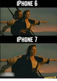 Titanic Funny Memes - 25 best memes about iphone 7 titanic meme iphone 7 titanic memes