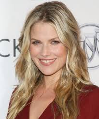 kristen taekman haircut 125 blonde center part hairstyles sexy middle part hair page 11