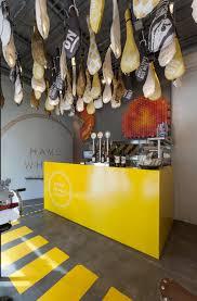 Modern Fast Food Restaurant Interior Design Idea With Bicycle - Fast food interior design ideas
