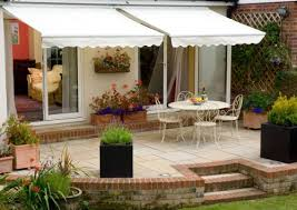 Awning Amazon 3 0m Half Cassette Manual Awning Silver Amazon Co Uk Garden