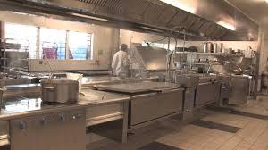cuisine centrale elior visite de la cuisine centrale de nîmes