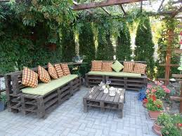 pallet outdoor furniture ideas awesome 39 outdoor pallet furniture