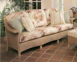 Rattan Settee Lloyd Flanders Embassy Sofa Replacement Cushions