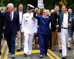 Clinton Estate Chappaqua New York Hillary Clinton Marches In Hometown Memorial Day Parade The