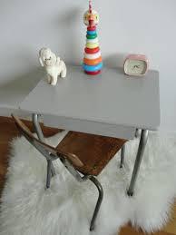 bureau enfant retro bureau enfant gris affordable bureau tiroirs structure et facade