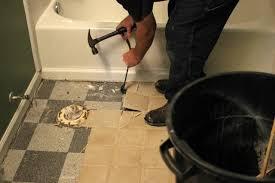 how to remove bathroom floor tile