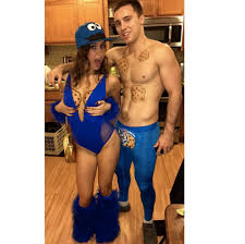 Monster Halloween Costumes by 7 Couple Halloween Costumes That Won U0027t Make Your Bf Want To Kill
