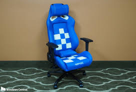 Comfy Gaming Chairs Rapidx Finish Line Gaming Chair Is Comfy Stylish And Pricey