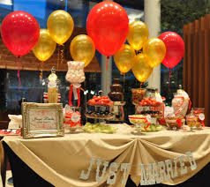 wedding buffet ideas using balloons for buffet table decorations