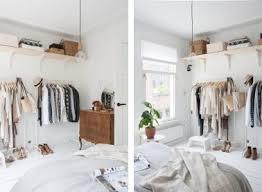 chambre de bonne pas cher un dressing épuré et pas cher dans une chambre blanche