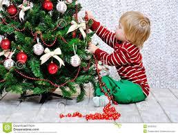 Christmas Tree Ribbon Decorating Christmas Decorating Christmas Trees With Berries Tree Ribbon