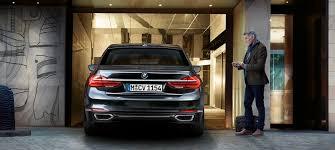 bmw showroom exterior bmw 7 serijos sedanas novatoriškas funkcionalumas