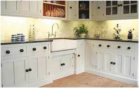 Small Country Style Kitchen Kitchen Country Farmhouse Style Kitchens Small Country Kitchens