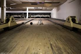 abandoned bowling alley freaktography