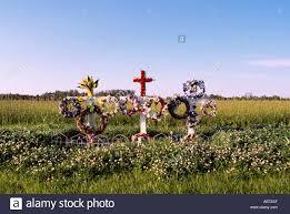 roadside memorial crosses for sale roadside memorial shrine of flowers and crosses for victims killed