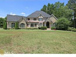 kennesaw estate on nearly 2 acres features