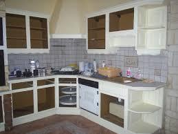 repeindre cuisine repeindre meuble cuisine en bois idées décoration intérieure