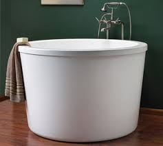 Japanese Bathtubs Small Spaces 10 Luxurious Soaking Tubs Apartment Therapy