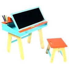 bureau pour bébé chaise et table bebe table et chaise minnie ensemble table et 2