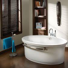 Free Standing Contemporary Bathtub Contemporary Tub From Bains Oceania Baths The Grace Free