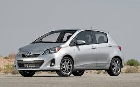 2012 toyota yaris reviews 2012 toyota yaris se test motor trend