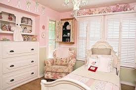 small girls room chandelier shabby chic girls room chandelier