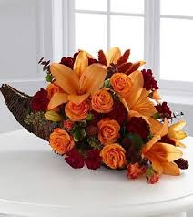 set the thanksgiving table with beautiful thanksgiving