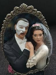 phantom of the opera mask ornament 2 tree slice