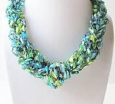 trellis ladder yarn necklace instructions colors of the sea ladder yarn necklace trellis yarn necklace