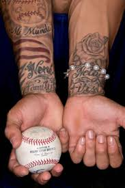cartoon couple tattoos best 25 cubs tattoo ideas on pinterest did the cubs win chicgo