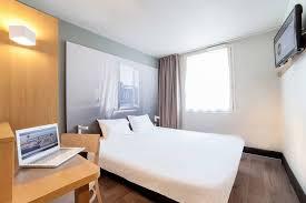 chambre b b hotel b b hôtel evry lisses 1 lisses hotels com