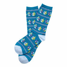 chanukah socks chanukah gifts blue dreidel crew socks