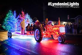 christmas light parade floats photos lynden s lighted christmas parade 2015 ourlynden