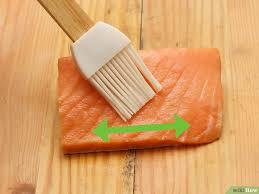 cuisiner saumon congelé 3 ères de cuire du saumon surgelé wikihow
