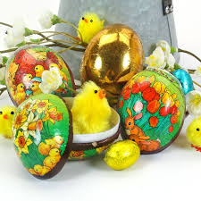paper mache easter eggs 4 decorated papier mache easter hunt eggs easter hunt papier