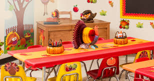 What Day Does Thanksgiving Fall On 2014 Thanksgiving Decorations Thanksgiving Party Supplies Party City