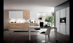 cuisine blanche classique tapis de cuisine pour cuisine en chene beau porte cadre noir armoire