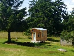 ideas about how to build tiny house on wheels free home designs