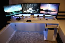 3 Monitor Computer Desk Custom White Desk For Pc Xbox Monitor Setup Gaming