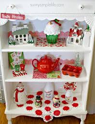 sunny simple life christmas decorating ideas in red and white