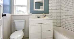 Make The Most Of A Small Bathroom 15 Simple Ways To Deal With An Annoyingly Small Bathroom Huffpost