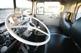 used kenworth semi trucks image gallery kenworth truck interiors