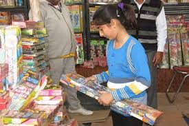 in pics busy in buying crackers on diwali in jammu and